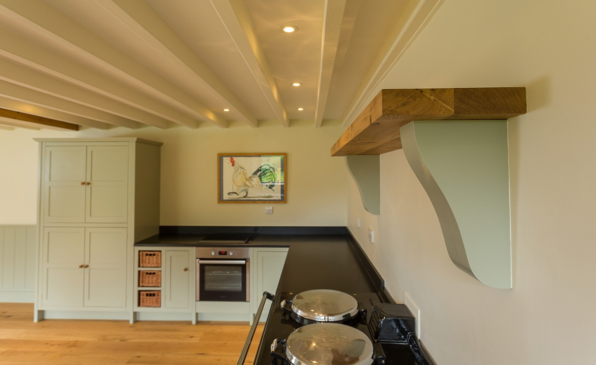 Bespoke-kitchens-cornwall, Painted kitchen, shaker style, Wadebridge