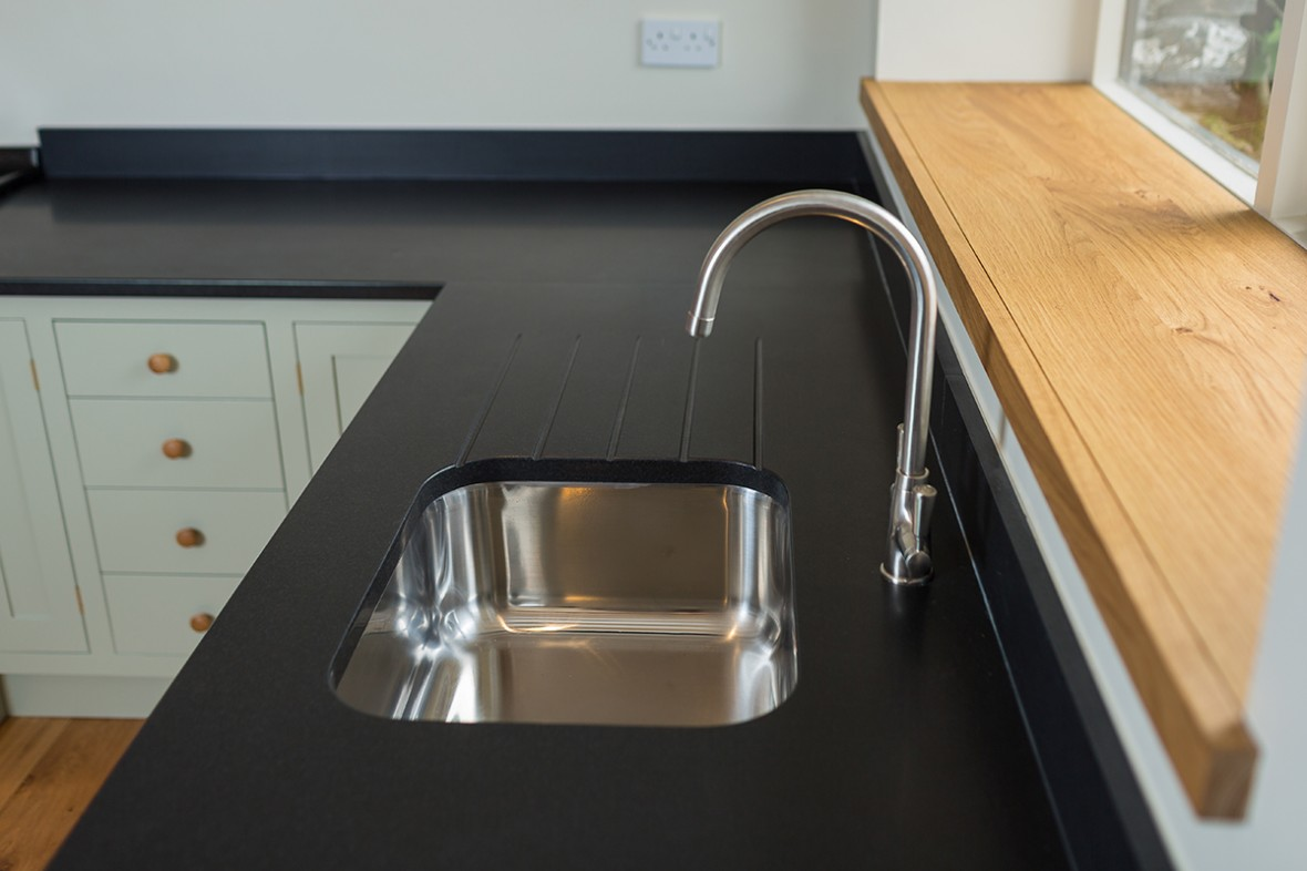 Granite worktop, Wadebridge. bespoke-kitchens-cornwall